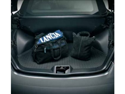 Lancia Flavia / Chrysler 200 JS Vana do kufru