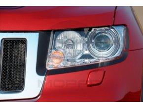 Jeep WK2 Grand Cherokee kryty světel