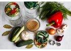 Nakládaná zelenina a saláty