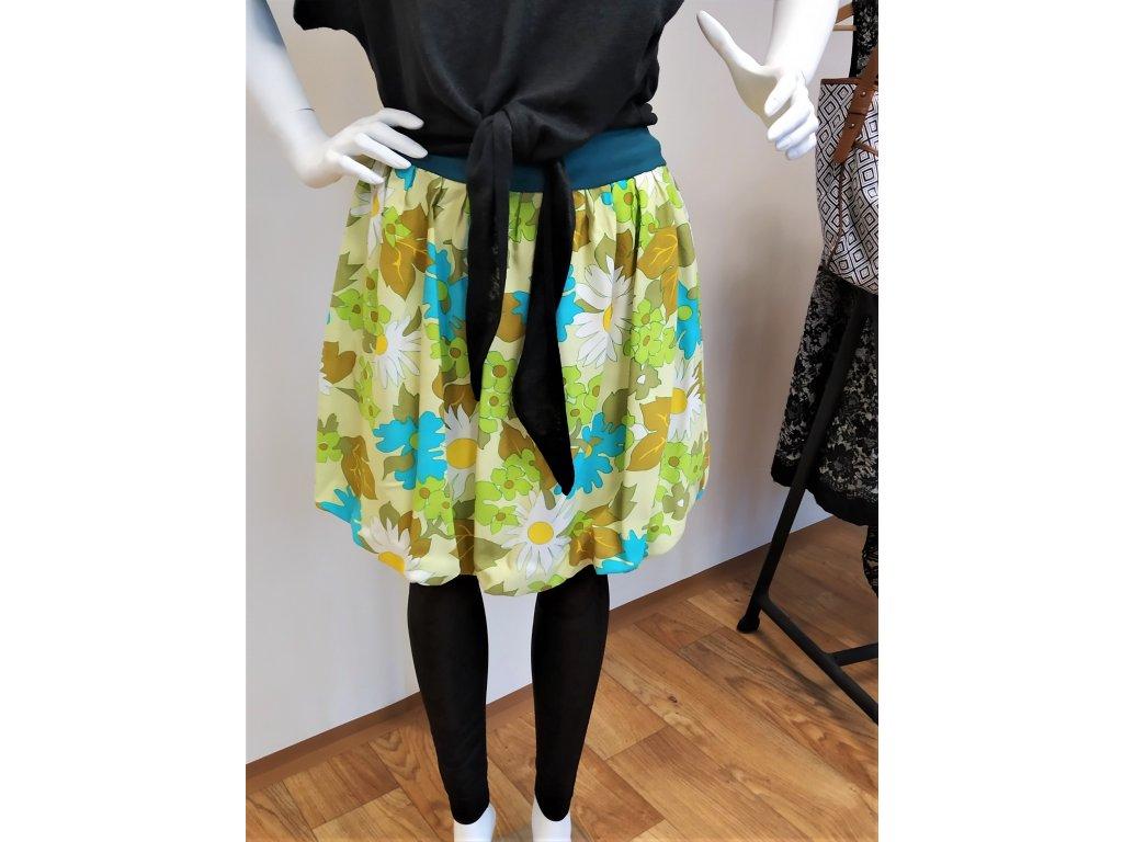 Zelená květovaná sukně