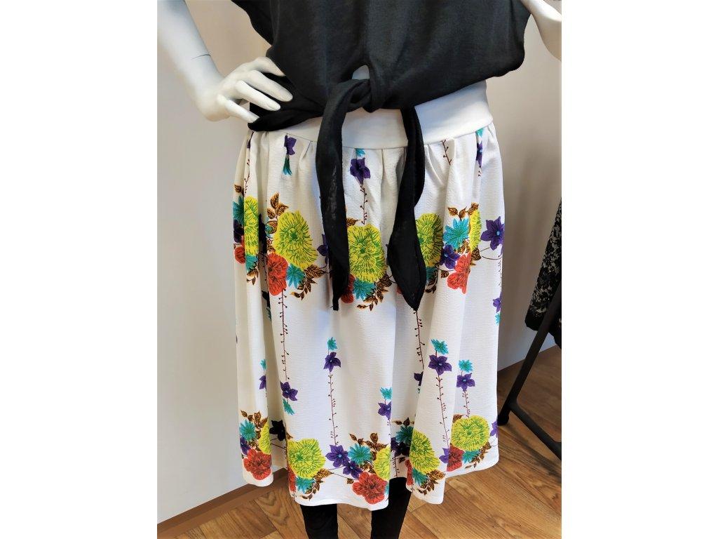 Bílá květovaná sukně