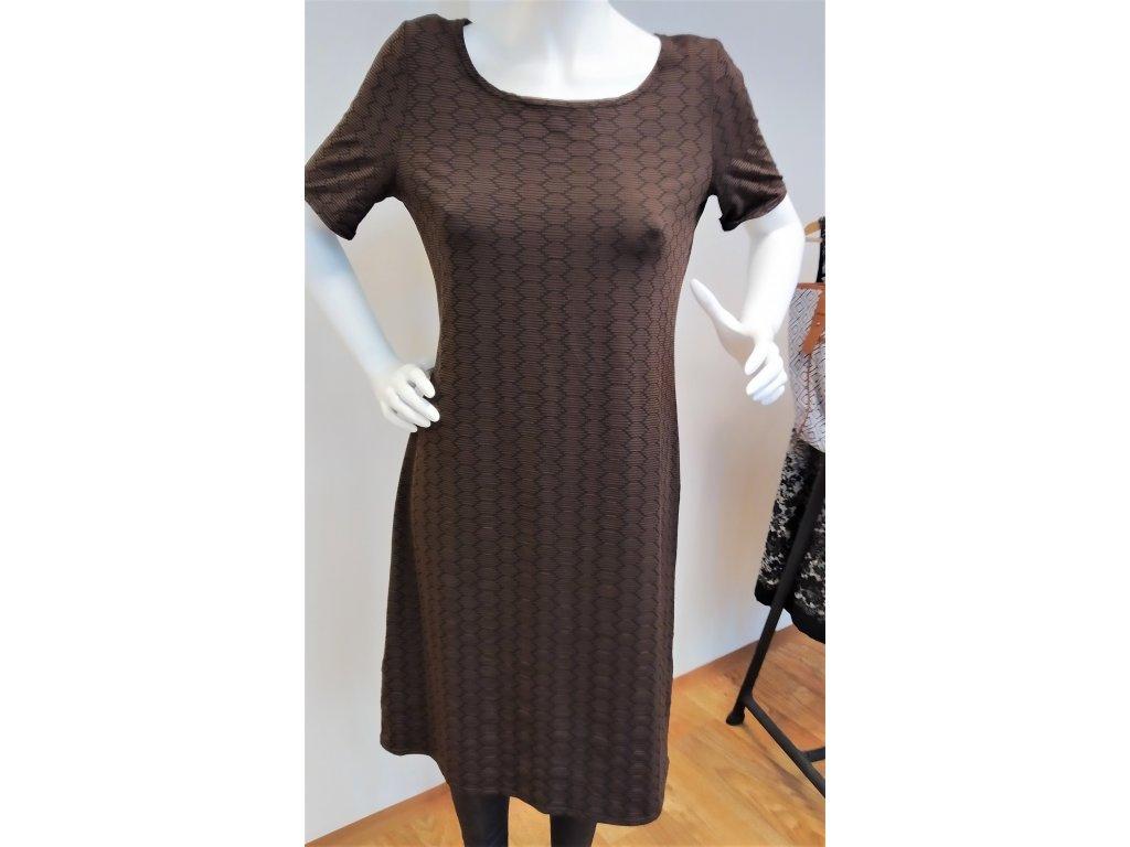 Hnědé šaty