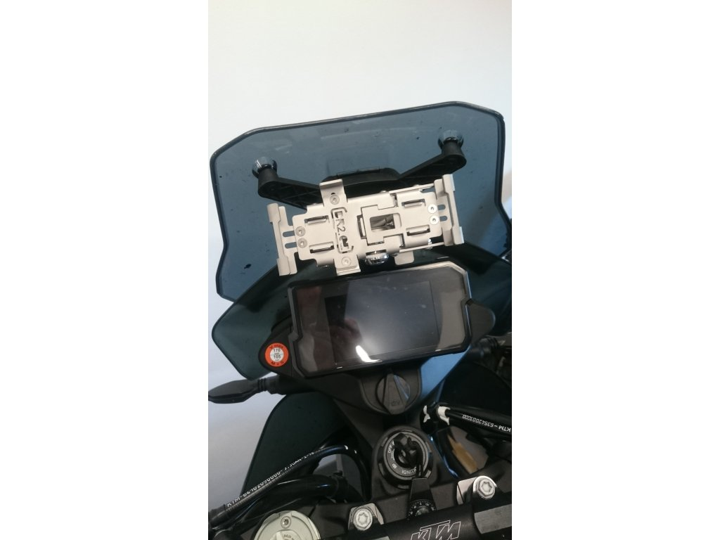 https://cdn.myshoptet.com/usr/www.moto-drzak-mobilu.cz/user/shop/big/168_montazni-sada-ktm-790-adventure.jpg
