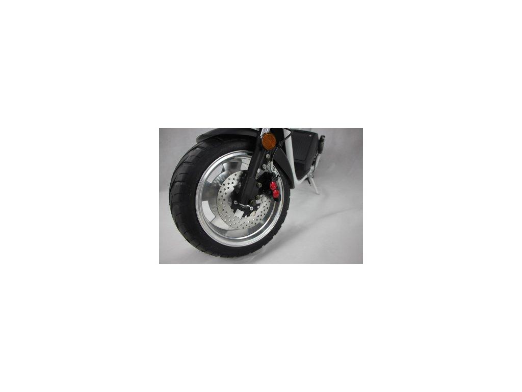 12761 pneu pre radu classic 215 40 13