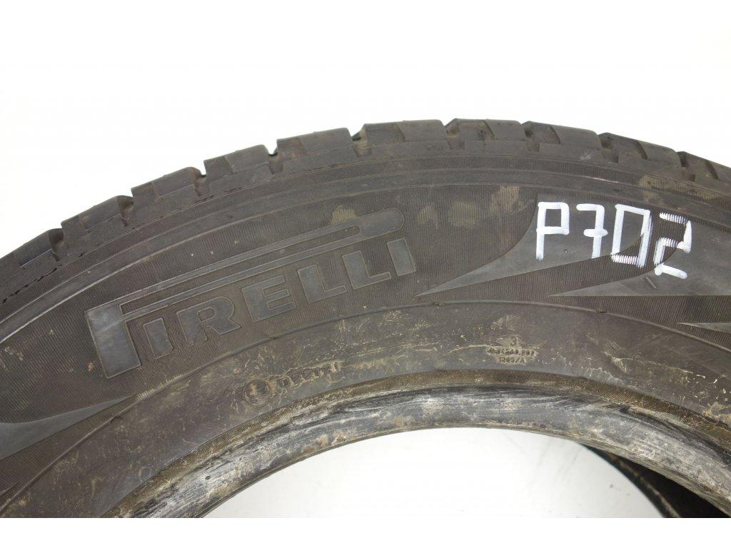 Letní Pirelli 215/70R16 - 2ks - vzorek cca 5,9 mm