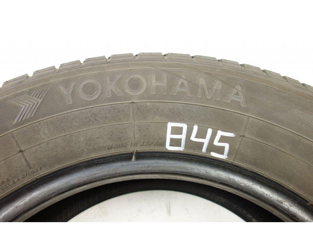 Letní Yokohama 215/65R16 - 2ks - vzorek cca 4,8 mm