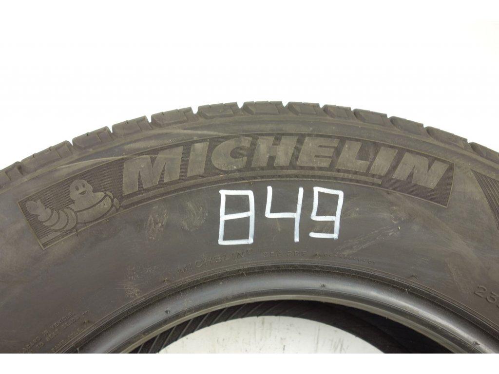 Letní Michelin 235/70R16 - 4ks - vzorek cca 7,4 mm