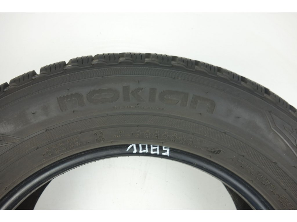 Zimní Nokian 225/65R17 - 4ks - vzorek cca 7,2 mm