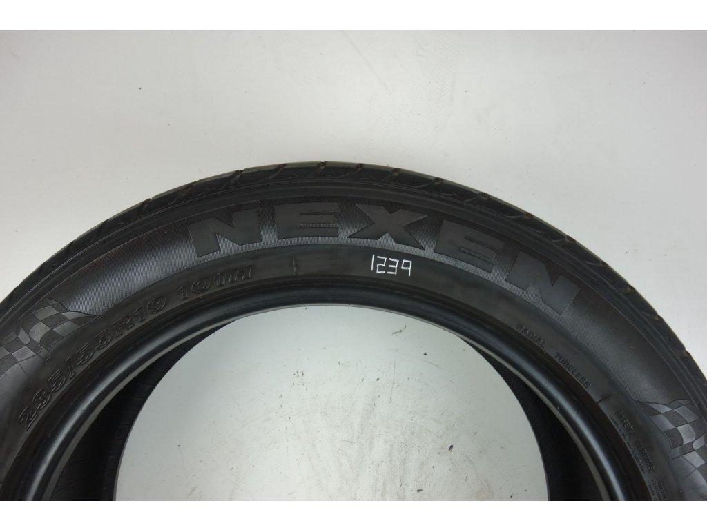 Zimní Nexen 235/55R19 - 4ks - vzorek cca 6,2 mm