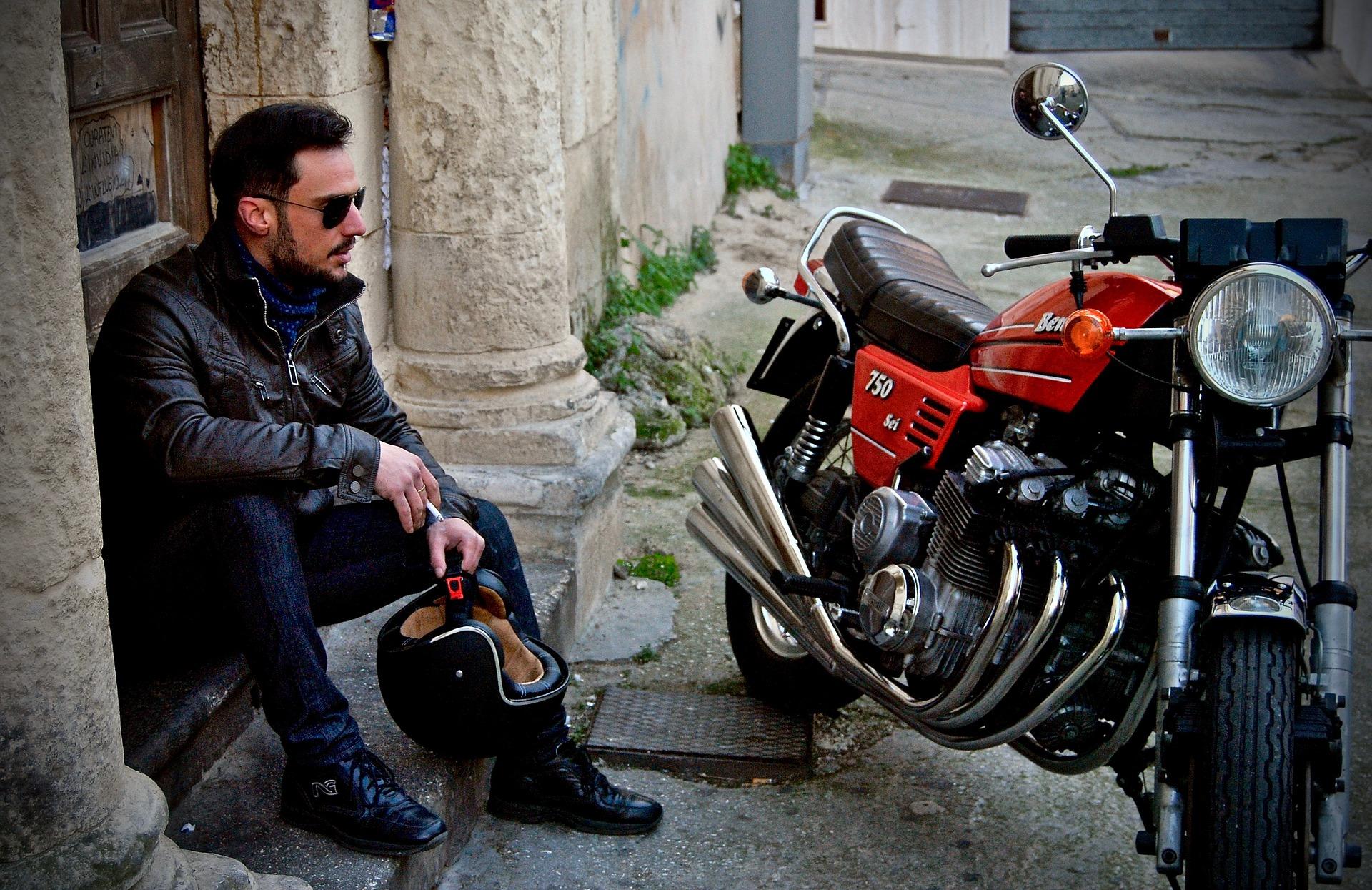 Jak se správně obléct na motorku?