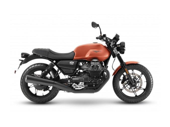 Moto Guzzi V7 Stone 4 600x600