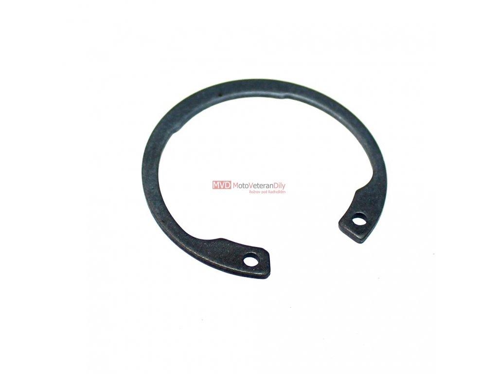 Segerovka 40 pro zajištění ložiska - (zadní náboj kola ČZ 125/150C)