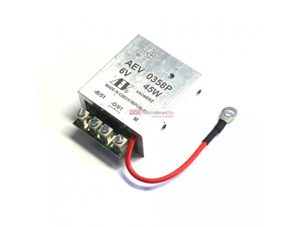 Regulátor AEV 6V + (ukostření baterie na +) 45 Watt