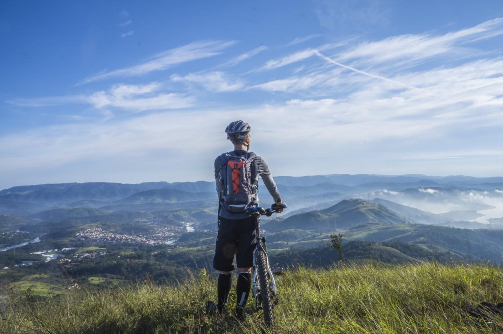 Cyklistické oblečenie a doplnky na bicykel
