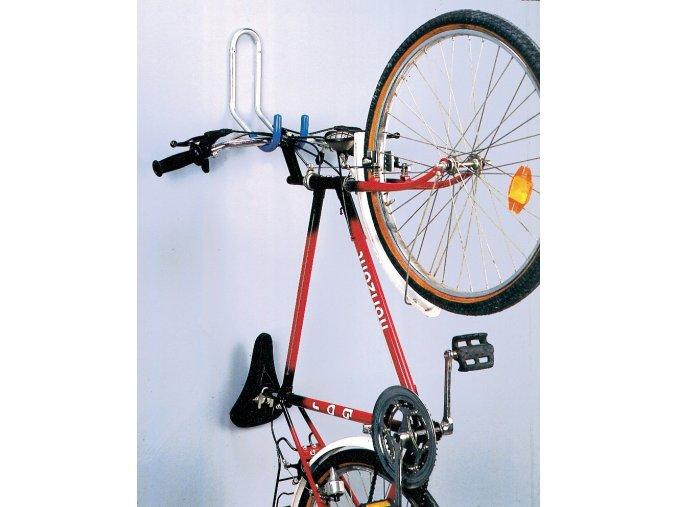 Držiak bicykla na stenu za riadidlá