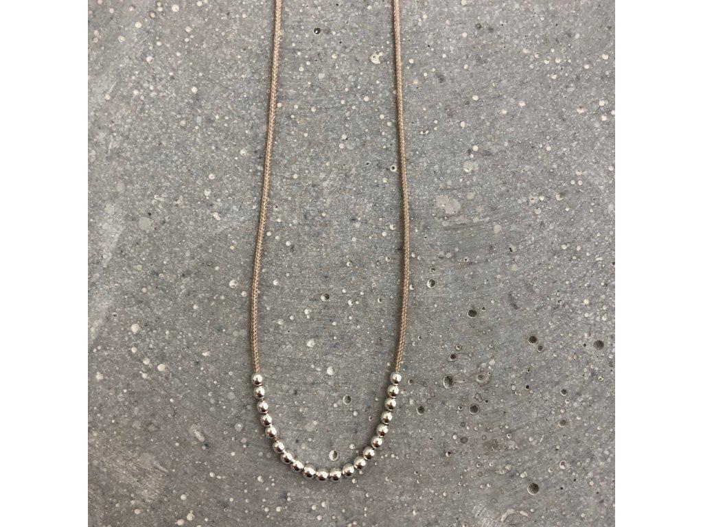Dámský náhrdelník s korálky béžový/stříbro Mou Jewel