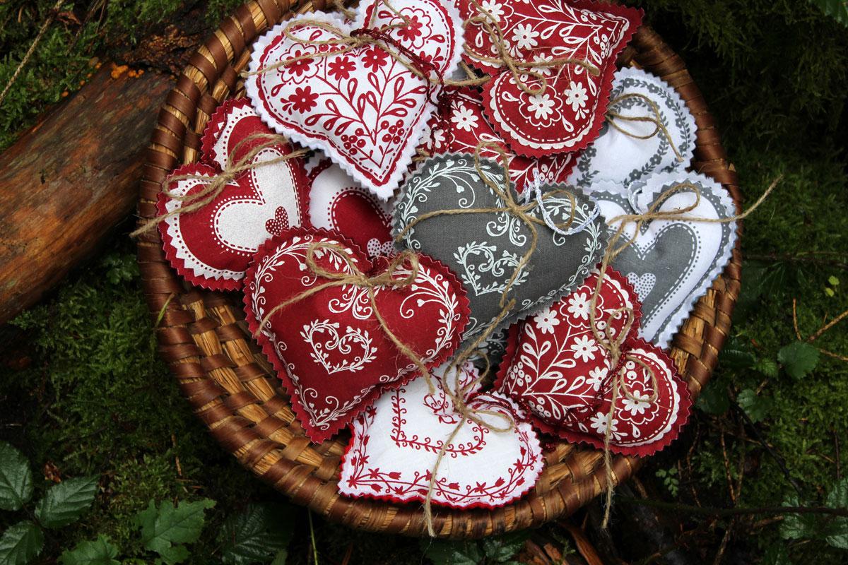 Srdíčka - návod a sada na šití