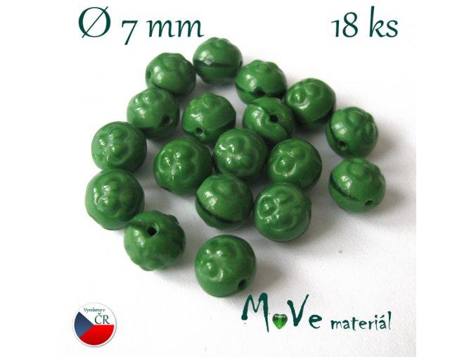 České skleněné kuličky trojlísek 7mm/18ks, zelené