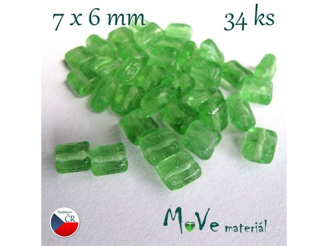 České skleněné obdélníky 7x6mm, 34ks zelený