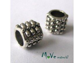 Korálek kovový puntík, 2kusy, starostříbro