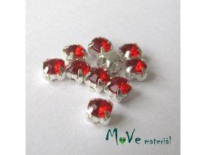 Našívací šaton v kovovém 5x5mm, 10ks, červený