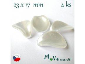 České voskové perle - ouško, 4ks, bílé