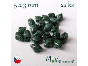 České korálky - Dvoudírkové KOSOČTVERCE 5x3mm, 22ks, zelené