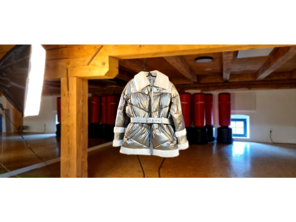 River Island stříbrná bunda s kožíškem