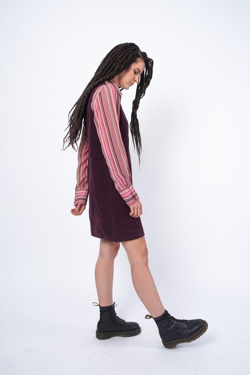 Manšestrové šaty fialové