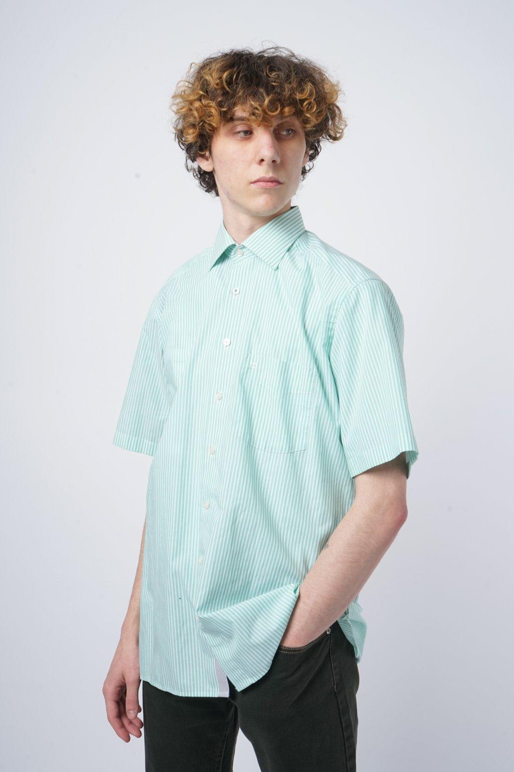 Pruhovaná košile s krátkým rukávem zelená