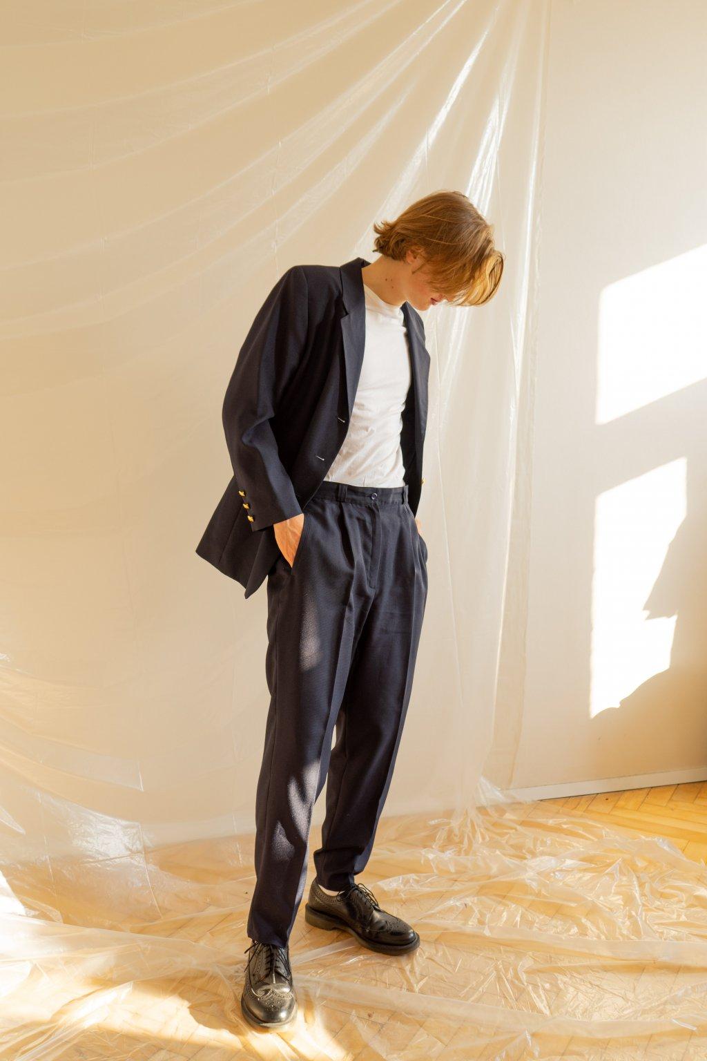 Oblek komplet