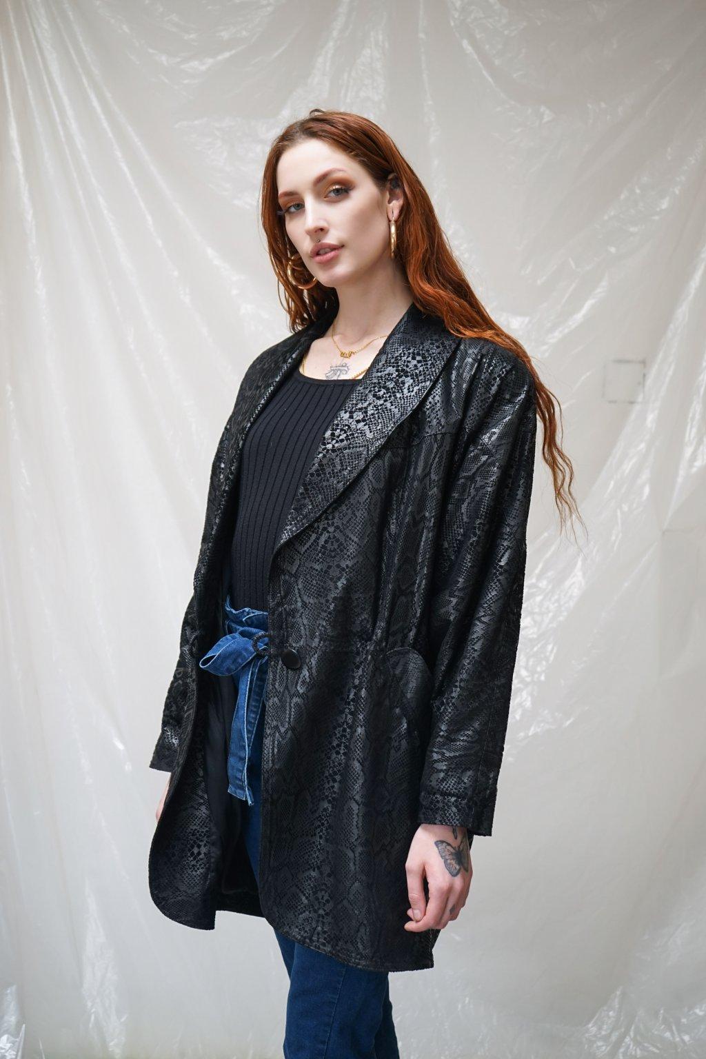 Kožený jarní kabát