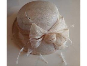 Modelový klobouk P0099