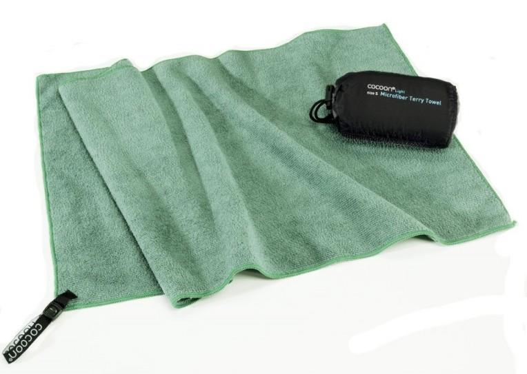 Cocoon lehký cestovní ručník barva: bamboo green, Velikost: S (60x30)