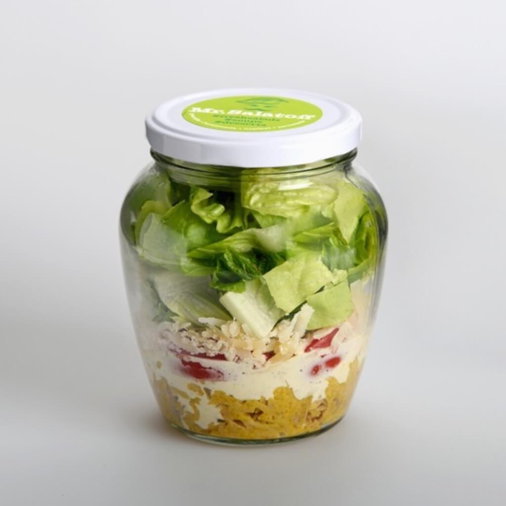 saláty Salát strhaným krůtím masem Shawarma