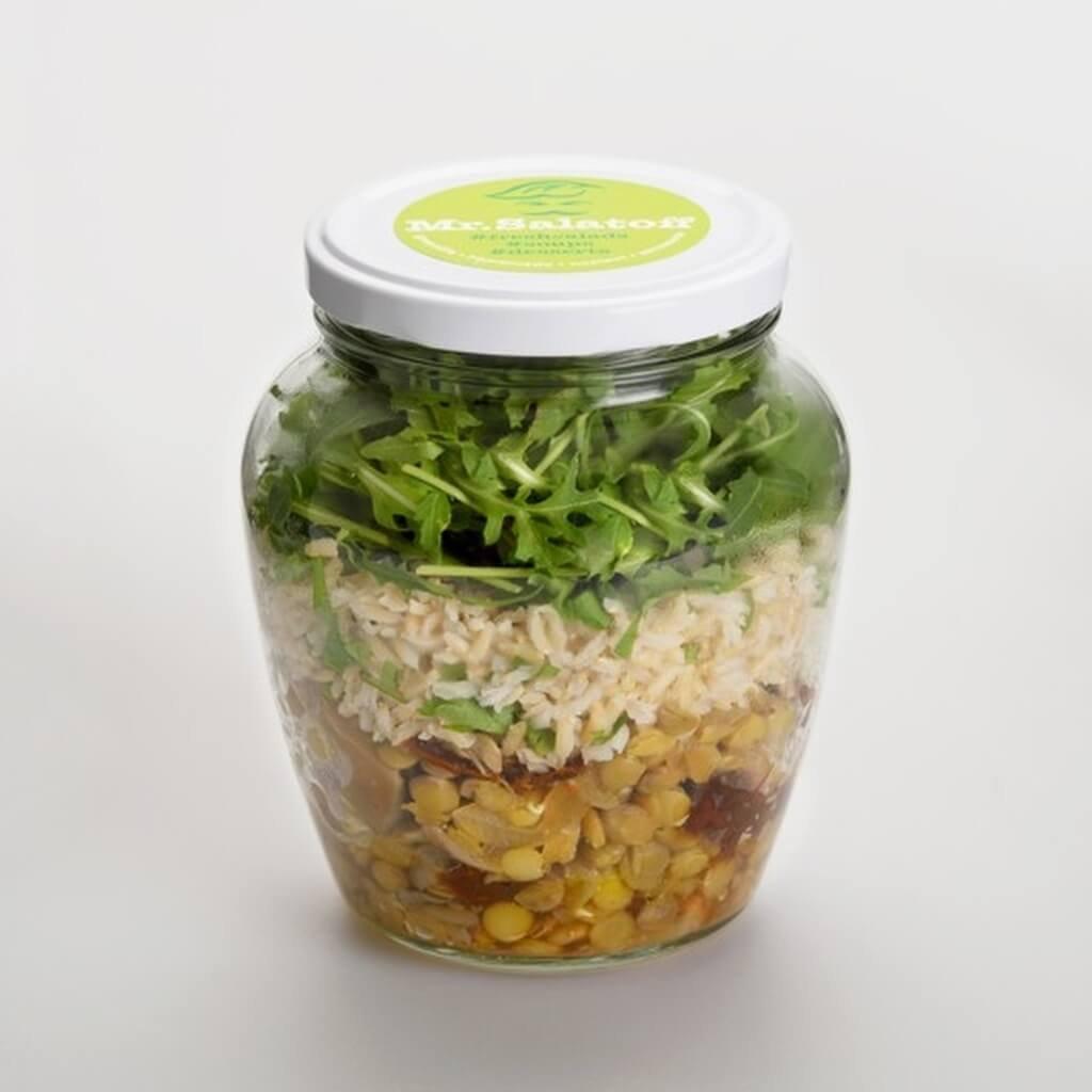 saláty Čočkový salát shlívou, sušenými rajčaty a rýží natural