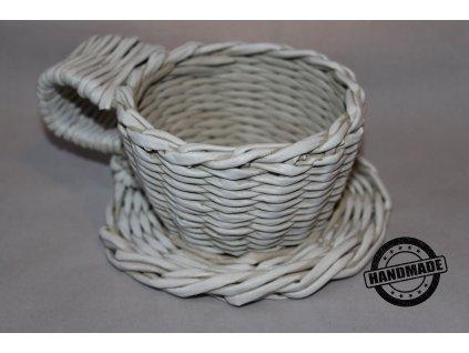 Šálka pletená z papiera