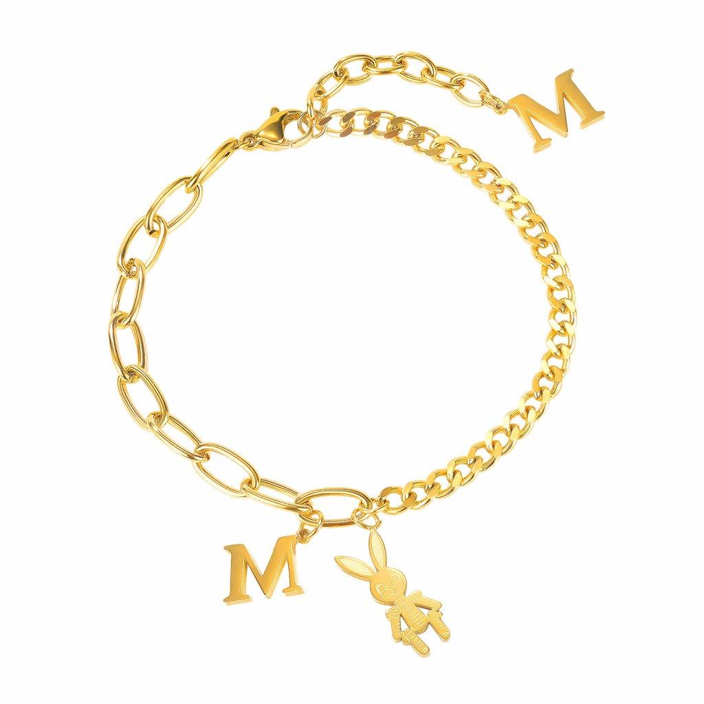 Dámsky náramok písmeno M