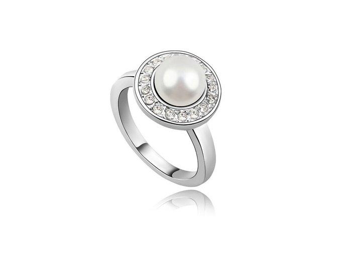 Prsteň s perličkou v krúžku