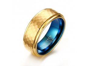 Volfrámový prsteň chess zlatá mozaika zvnútra smaragdovo modrý luxusný vzhľad