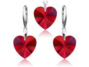 Strieborný set SWAROVSKI ELEMENTS v tvare srdca červená farba