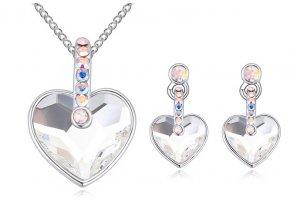 Prívesok a náušnice v tvare srdca Crystal