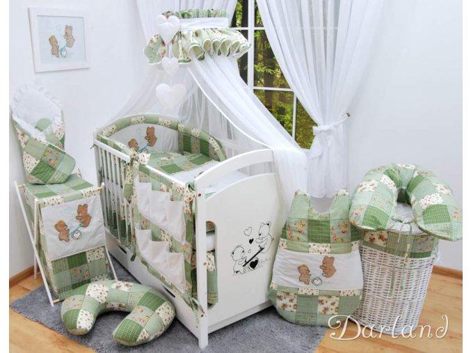 Dětské povlečení na polštář a přikrývku - sada s výšivkou medvídek na houpačce patchwork zelený