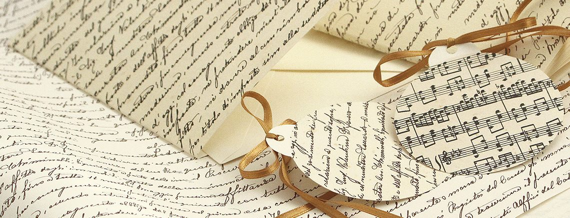 Dárkový papír noty a písmo