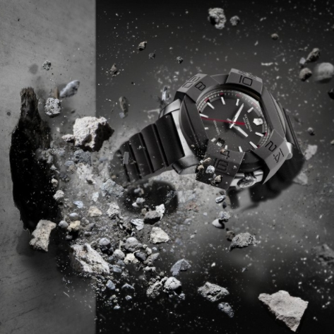 Zátěžové testy hodinek I.N.O.X.