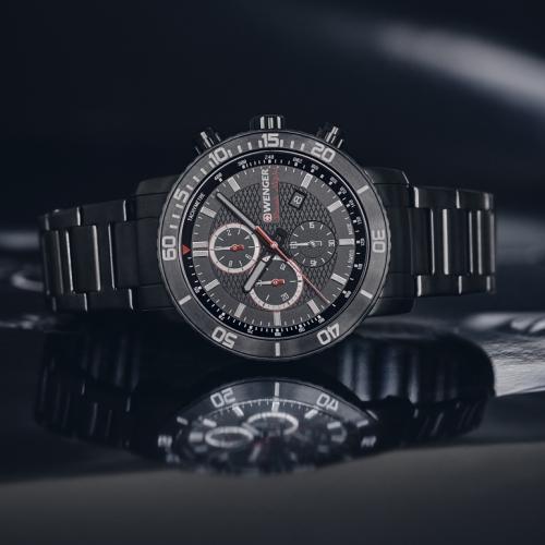 Roadster Black Night Chrono - sportovní hodinky s monochromatickým povrchem