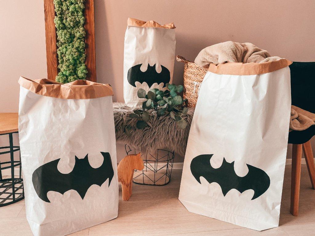 Papírový úložný pytel Batman