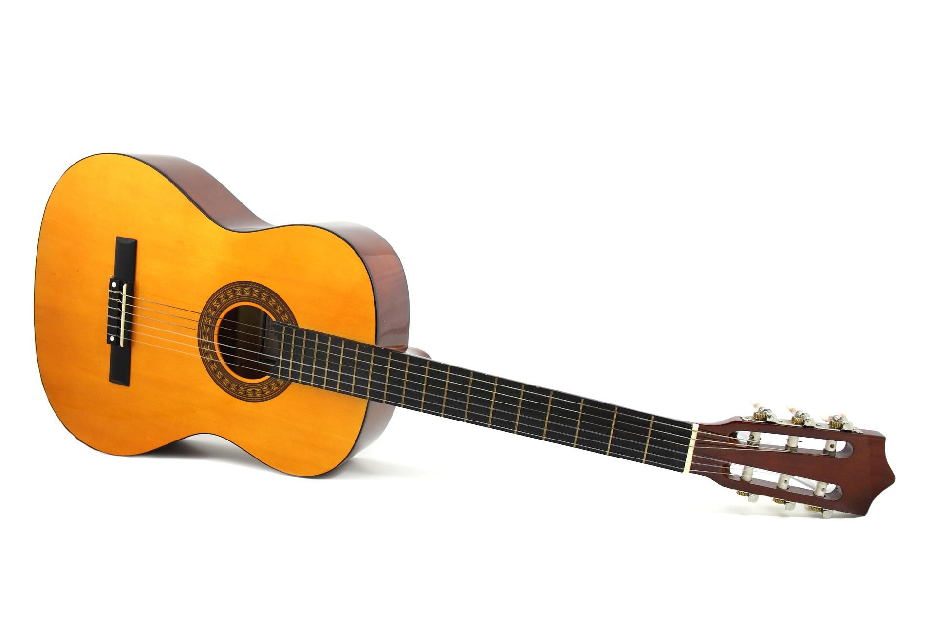 guitar-2119_1920