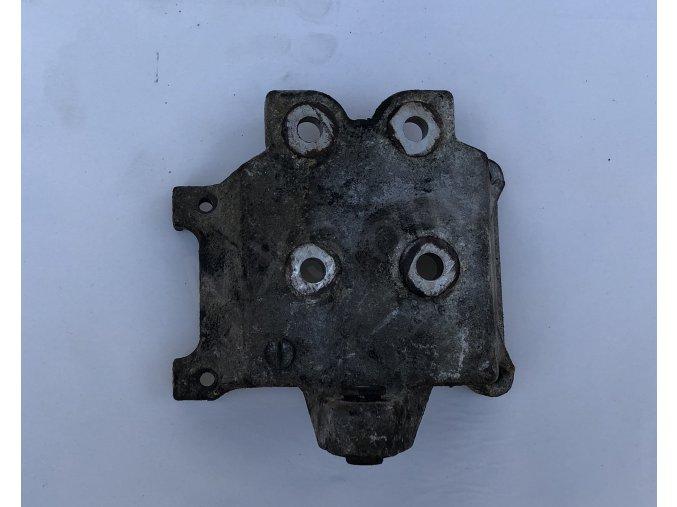 Držák kompresoru klimatizace NB