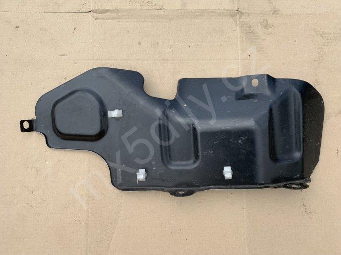Kryt palivových hadic v kufru NA - černý